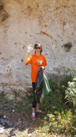 Let's Do It 2014 - Cleanup at Wied Babu