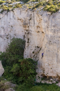 Climbing at Champagne Walls and Dream Walls, Mġarr ix-Xini