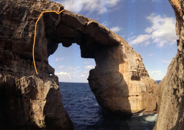 Wied il-Mielaħ Sea arch climbing